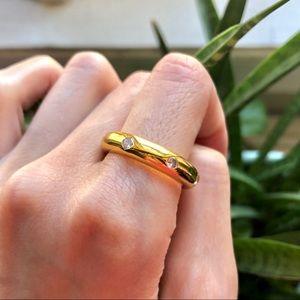 Jewelry - Rhinestone Gold Ring